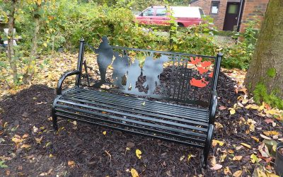 2016-October-WW1 Lest We Forget Remembrance Bench.